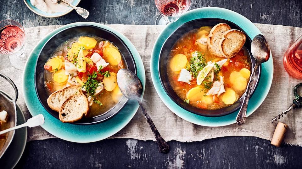 Die Ursprünge des Bouillabaisse-Rezepts reichen bis in das 16. Jahrhundert zurück – wir erklären Ihnen, wie das Fischgericht zubereitet wird.