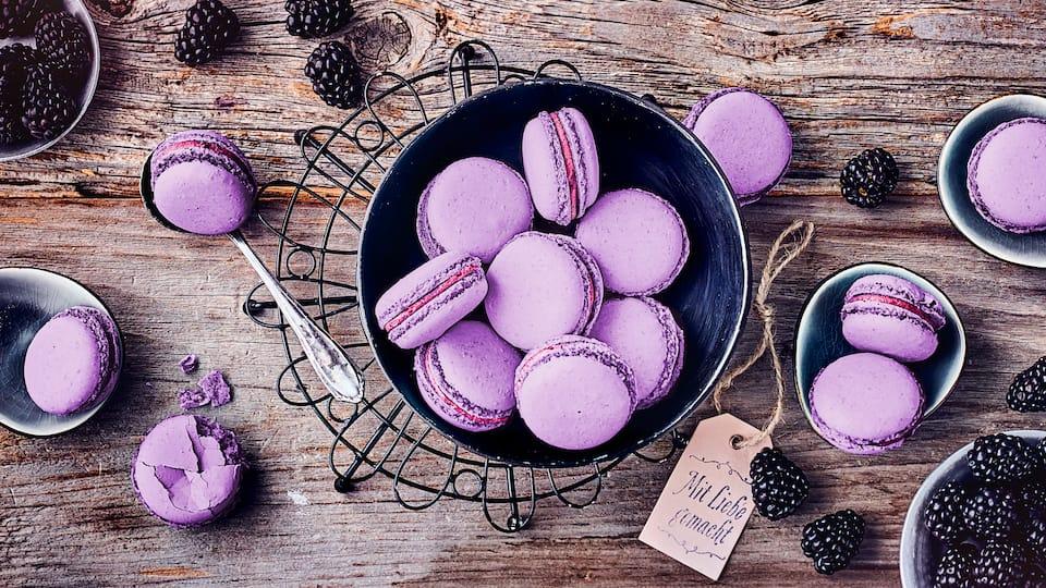 Brombeer-Macarons