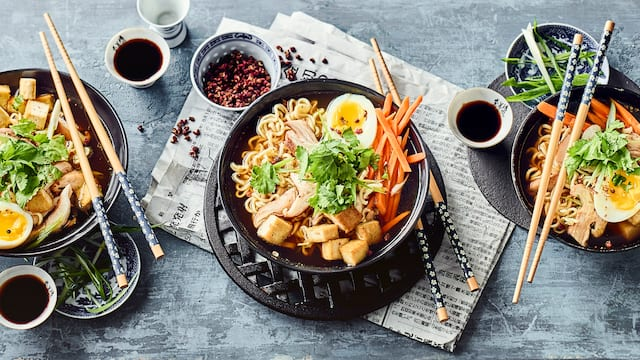 Chinesische Mie-Nudel-Suppe