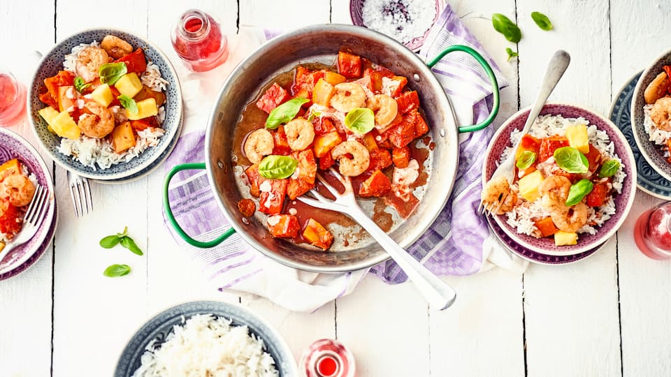 Currypfanne mit Garnelen