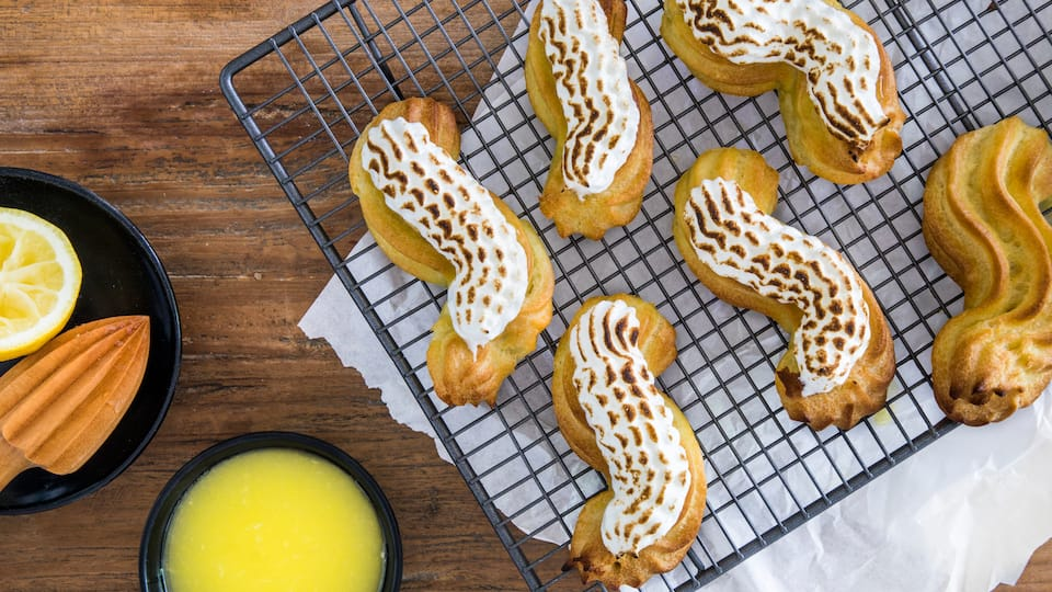 Eclairs mit Lemon Curd