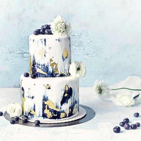 Fondant-Torte mit Blaubeeren