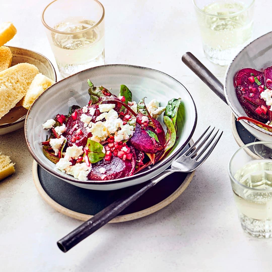 griechischer rote bete salat rezept edeka. Black Bedroom Furniture Sets. Home Design Ideas