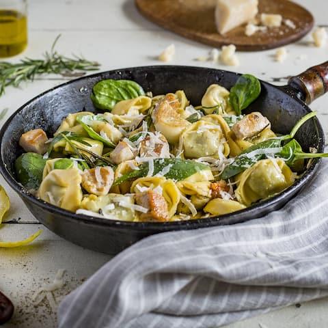 Tortelloni mit Hähnchenbrust