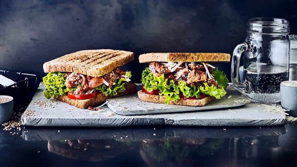 Die Jackfruit ist ein echter Geheimtipp. Auch als Belag für ein Sandwich etwas ganz Besonderes.