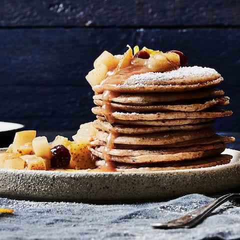 Mit unserem Quarkpfannkuchen-Rezept kreieren Sie binnen einer halben Stunde eine vollwertige Mahlzeit, die Ihrer ganzen Familie schmeckt.