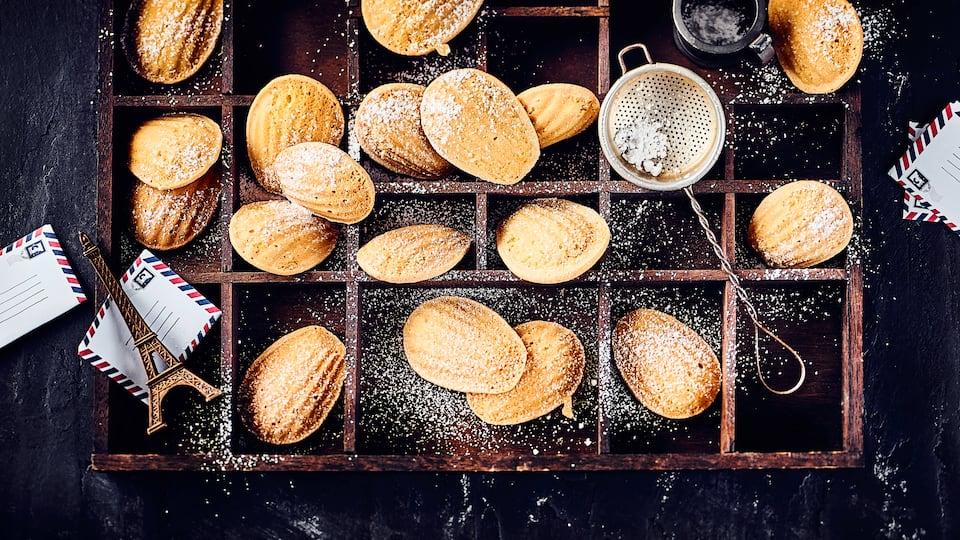 Madeleines sind kleine Küchlein aus Frankreich. Mit unserem Rezept haben Sie köstliche Madeleines für Ihre Tee- oder Kaffee-Zeit!