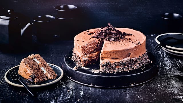 Mousse au Chocolat-Torte