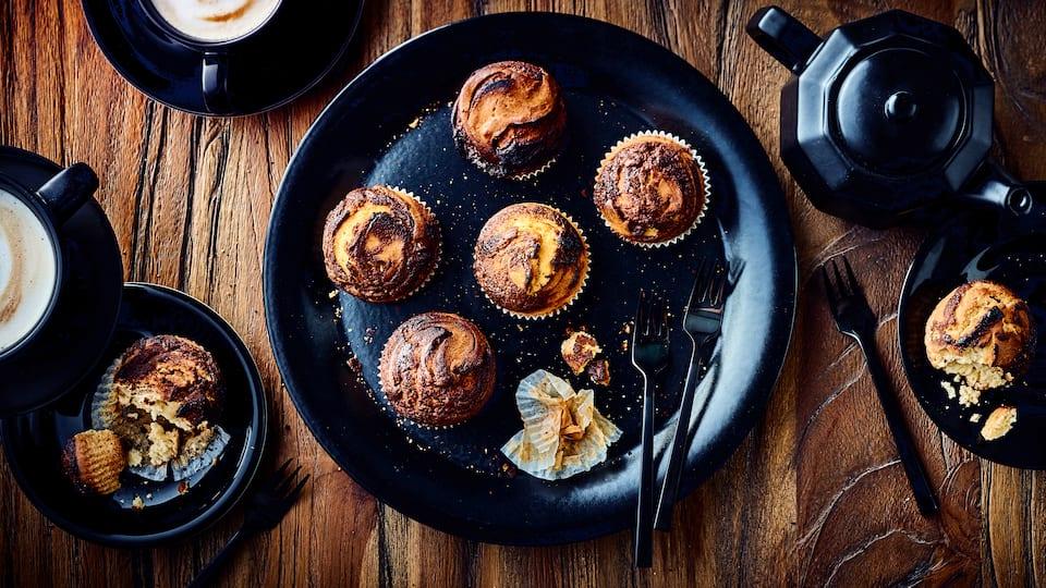 Wenn Sie gerne Nutella essen werden Sie diese Muffins lieben: Saftige Nutella Muffins sind einfach und schnell zubereitet und besonders köstlich.