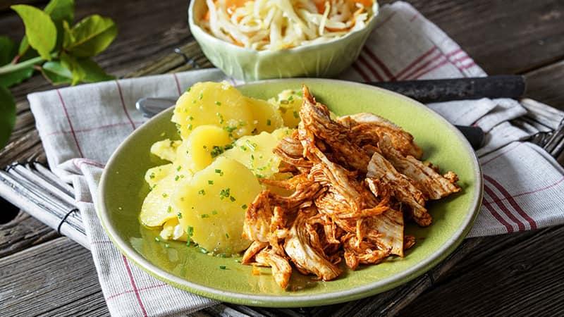 Pulled Chicken an Krautsalat