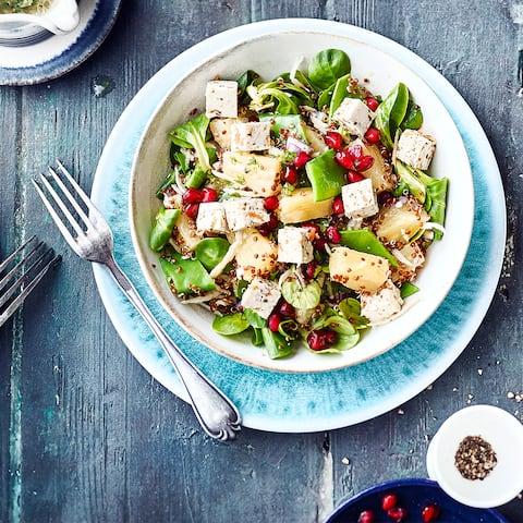 Quinoa-Salat mit Früchten