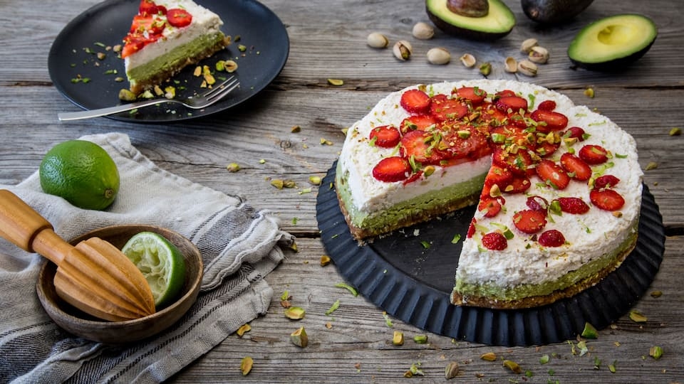 Raw Cake mit Avocado