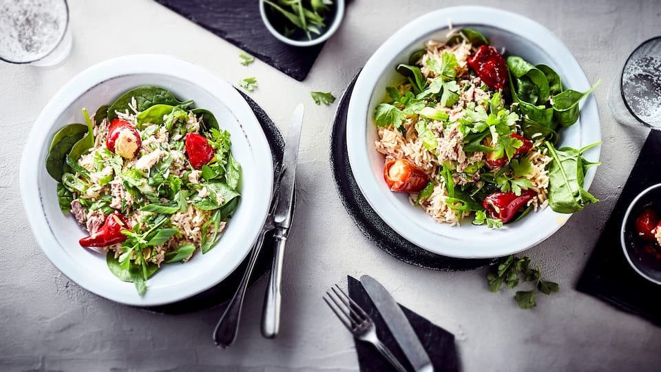 Reissalat mit Thunfisch