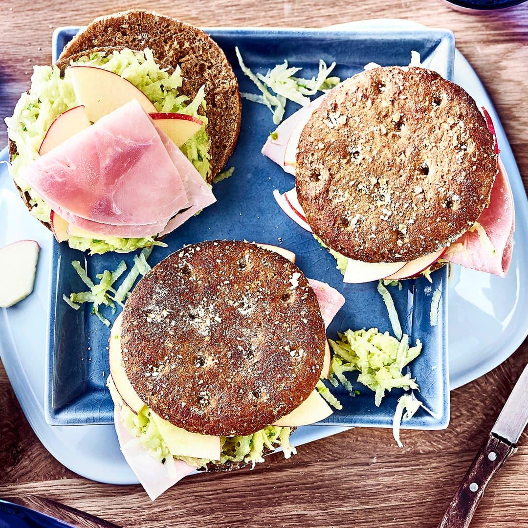 club sandwich tricolore rezept edeka. Black Bedroom Furniture Sets. Home Design Ideas