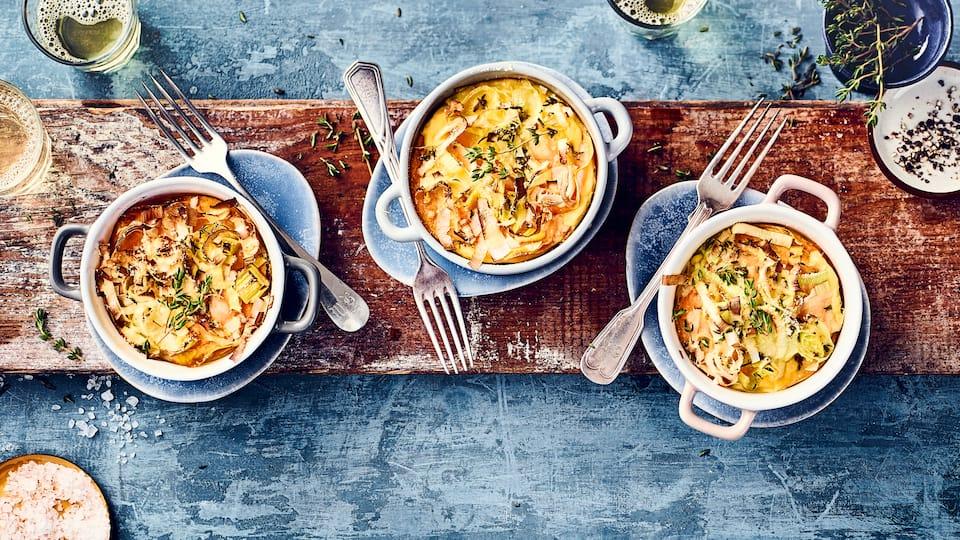 Testen Sie unser leckeres Rezept für Süßkartoffel-Frittata: frischer Lauch und Süßkartoffeln in Eier-Milch und Parmesan gegart.