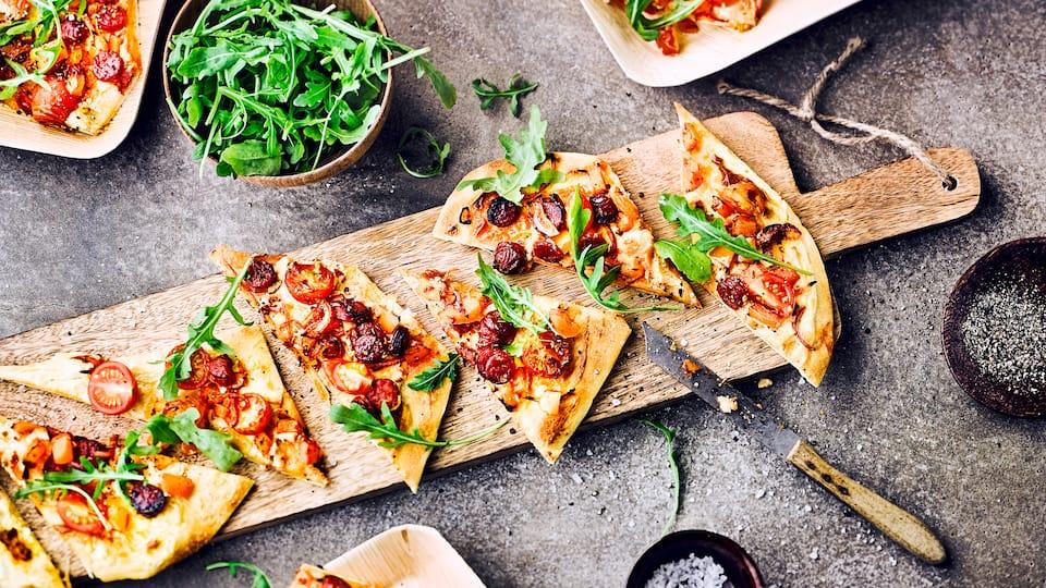 Tomaten Pizza Mit Rucola Rezept