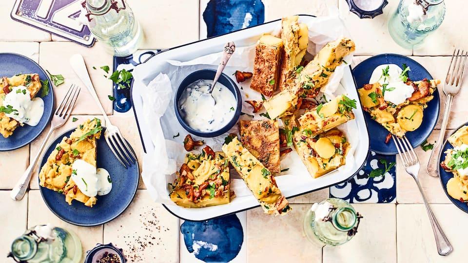 Sie mögen Tortilla? Probieren Sie unser Rezept für diese spanischen Kartoffel-Eierkuchen mit Pfifferlingen und Petersilie einmal aus – vegetarisch und lecker!
