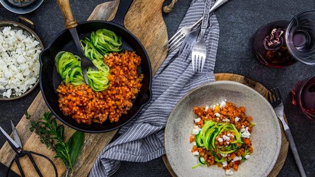 Gemüsesuppe essen, um Gewicht zu verlieren