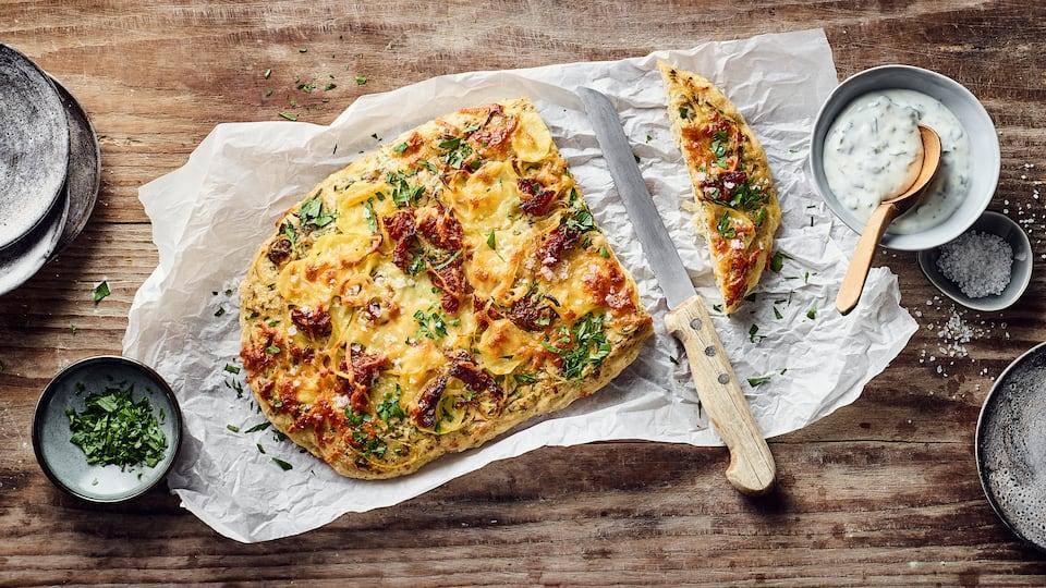 Genießen Sie traditionelles italienisches Gebäck: Backen Sie feine italienische Hefefladen mit unseren Focaccia-Rezepten einfach selbst!