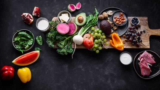 Lebensmittel, die eine ausgewogene Ernährung enthalten